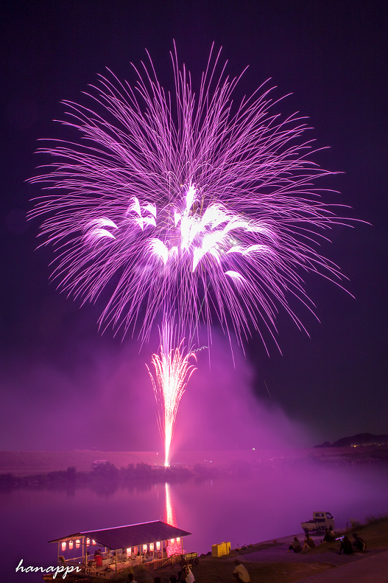 2020 大会 香椎 花火 2020年の福岡市東区花火大会は来年以降に再延期となりました